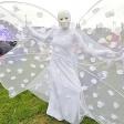 Белая бабочка на фестивале
